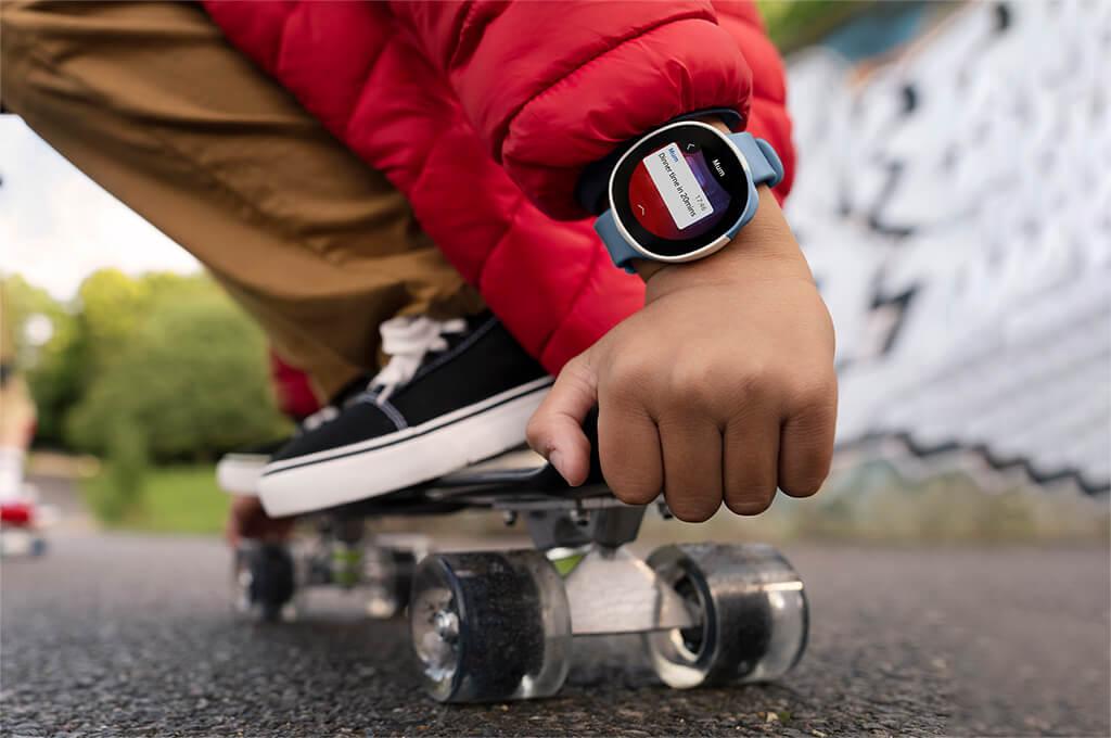Child using a Neo smartwatch