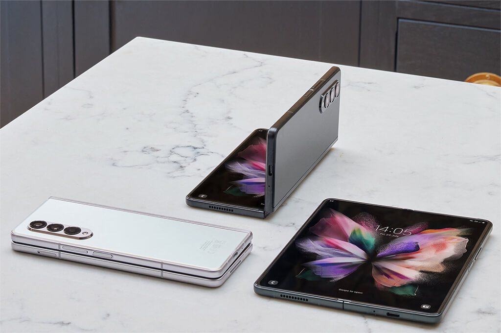 Folding phone with a powerful processor
