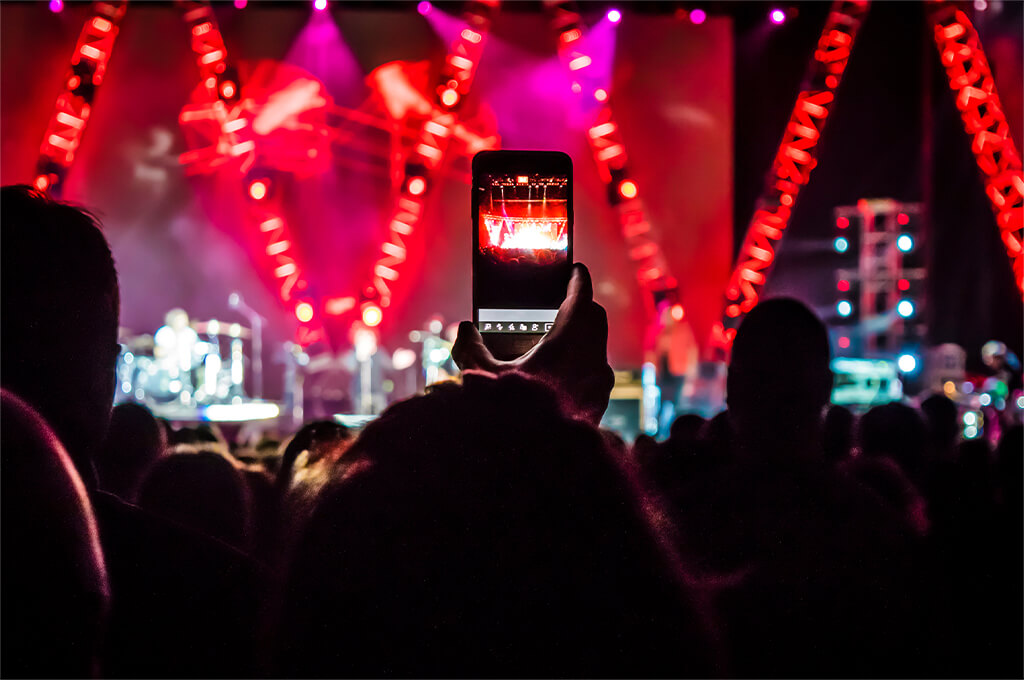 Best phones for festivals